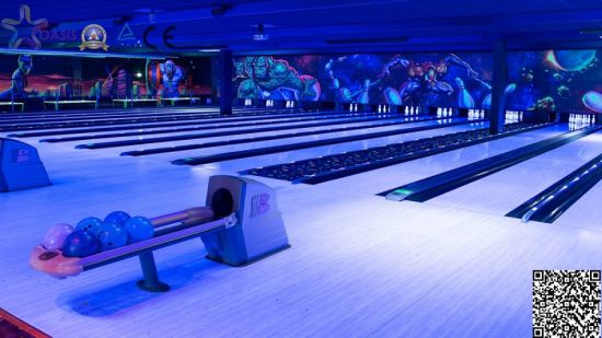 Full Glow-in-Dark Bowling Alley for Modern Bowling Center pictures & photos