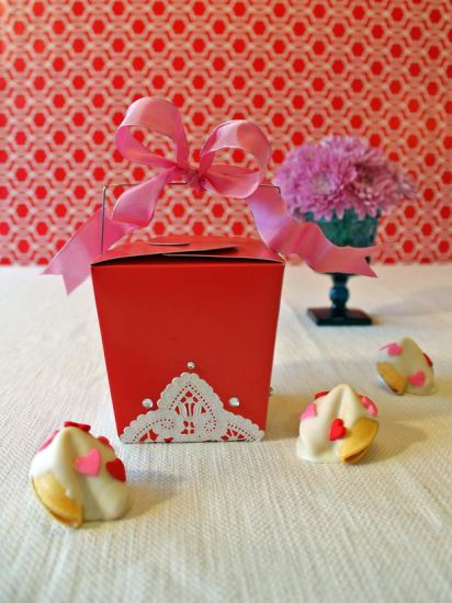 Paper Cardboard Cookies Packing Gift Box for Valentine′s Day pictures & photos