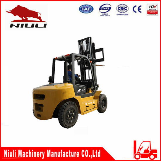 Best Sell CPC70/Cpcd70 Diesel Forklift pictures & photos