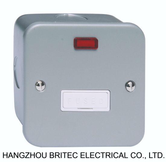 METAL CLAD 13A FUSED SPUR UNIT WITH NEON