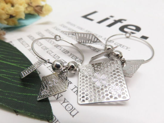 Manufacturers of fashion jewelry 23