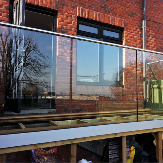 Aluminum U Channel Glass Balcony Railing with Stainless Steel Handrail