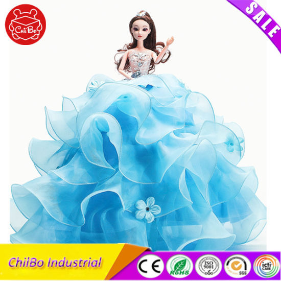 Fashion Plastic Dolls with Beautiful Wedding Dress pictures & photos