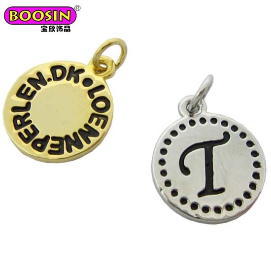 Custom Wholesale Gold Engraved Brand Logo Charm for Jewelry Tag pictures & photos