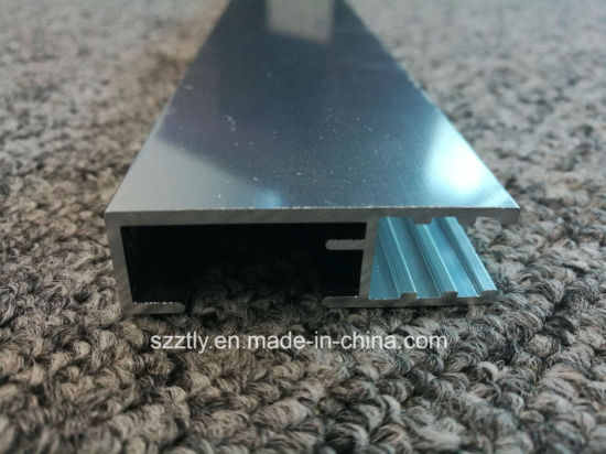 Custom 6061 Polished Anodised Aluminium/Aluminum Extrusion pictures & photos