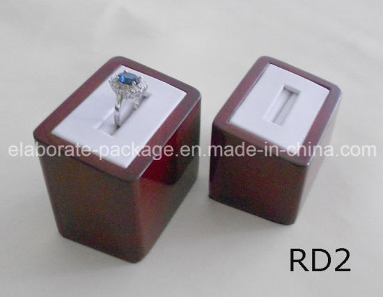 Wooden Jewelry Ring Stand Holder Display Customized Ring Display