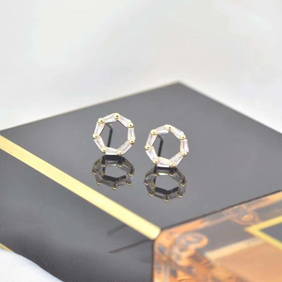 Best Quality Fashion Gold Plated Stud Earrings with Brass Zirconia pictures & photos