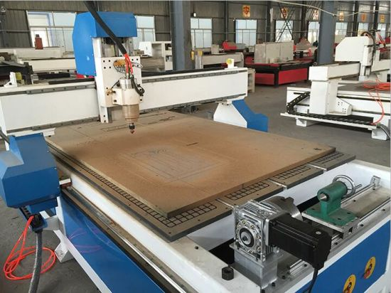 Good Quality 1325 Wood CNC Router with Rotary System pictures & photos
