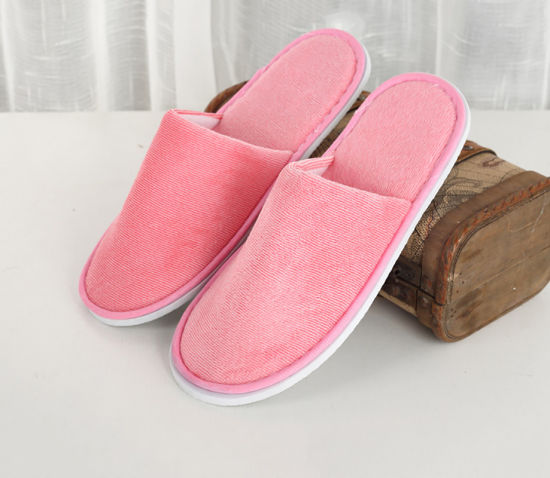 144fa3bcaa6 Woman Kids Pink Color Closed Toe Towel Disposable Hotel Bedroom Slippers