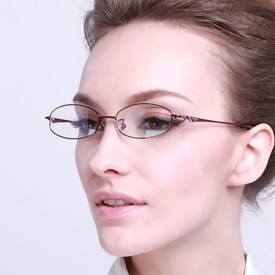 Latest Popular Good Quality Spectacles Frame From City of Glasses Danyang pictures & photos