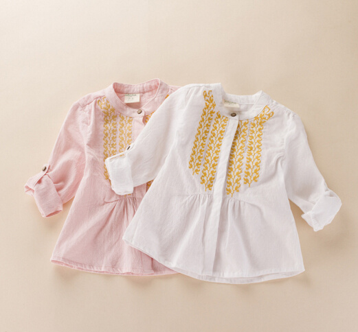 Casual 100% Cotton Embroidered Girls Blouse Fashions pictures & photos