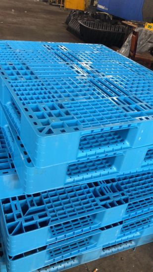 Plastic Injection Mould for Plastic Pallet Single Shot pictures & photos