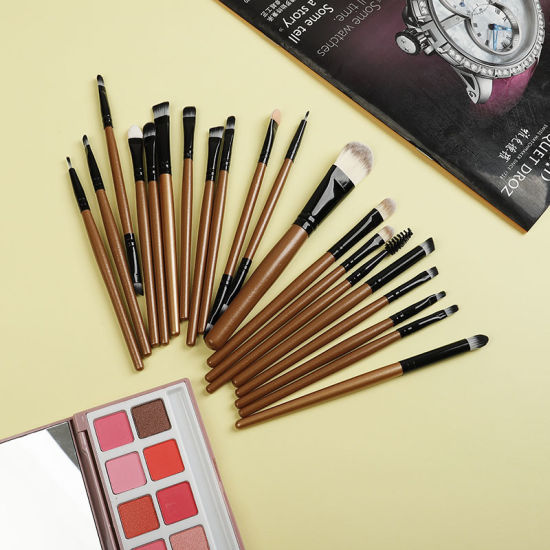 Whole Set Make up Cosmetics Brushes pictures & photos