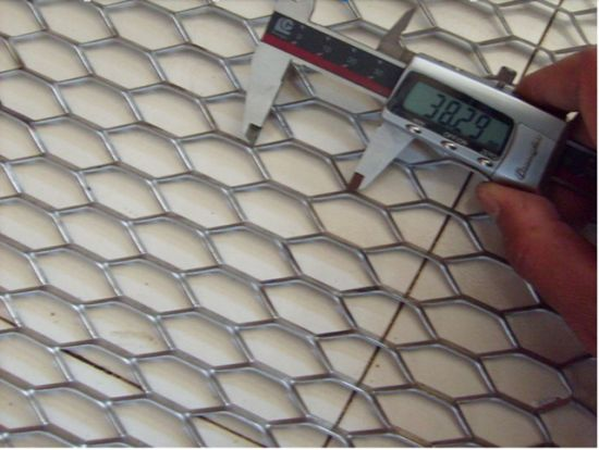 PVC Coated Mesh Galvanized Expanded Wire Mesh Factory Supply