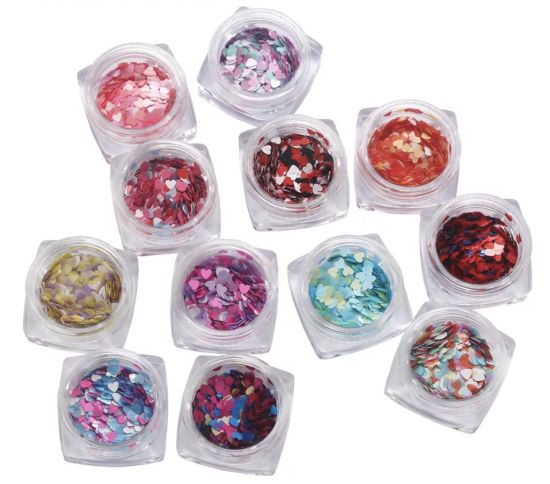 Mixed Color Heart Shape Nail Sequins Glitter Nail Art Decoration pictures & photos