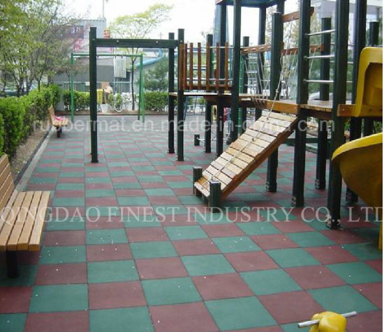 China Outdoor Safety Playground Rubber Flooring Tile China