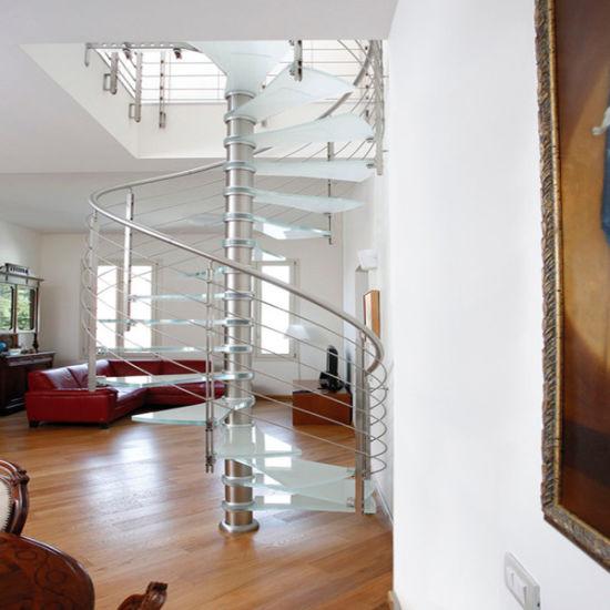 Modern Design Indoor Stainless Steel Balustrade Wooden Spiral Staircase