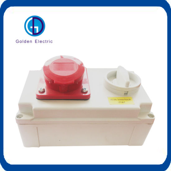 Socket with Switch and Mechanical Interlock IP44/IP65 16A 32A
