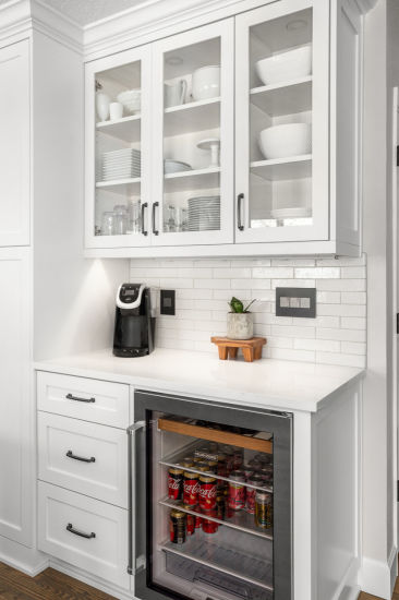 Factory Highly Customized Milk White, Slim Kitchen Cabinet