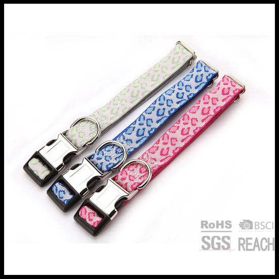 High Quality Woven Pet Dog Collars with Hardware Buckle pictures & photos