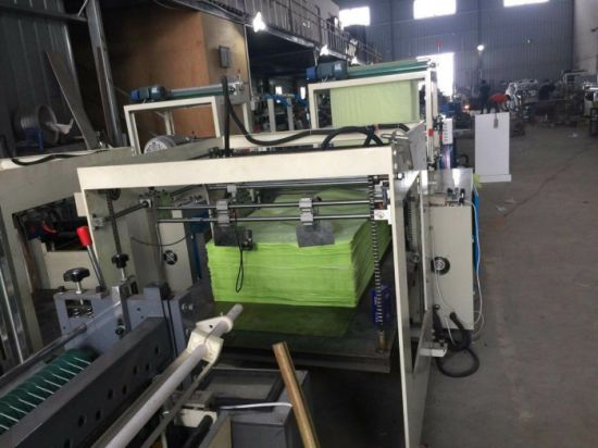 Computer Control Servo Driving Kraft Paper Cross Cutting Machine with Stacker (DC-HQ) pictures & photos
