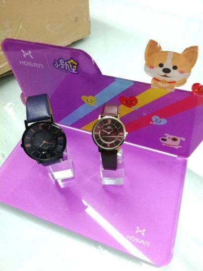 Acrylic Children Watch Display Stand with C Circle