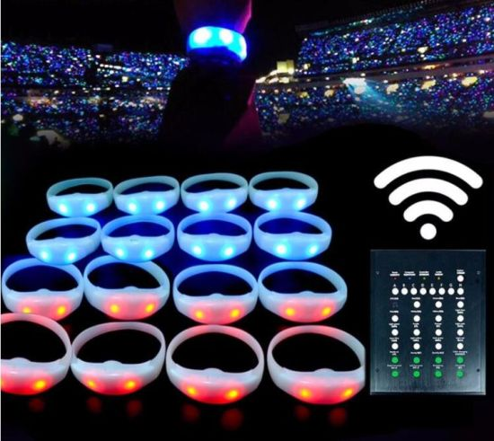 Light Wireless Programmable Silicone Wristband Remote Controlled LED Bracelet pictures & photos