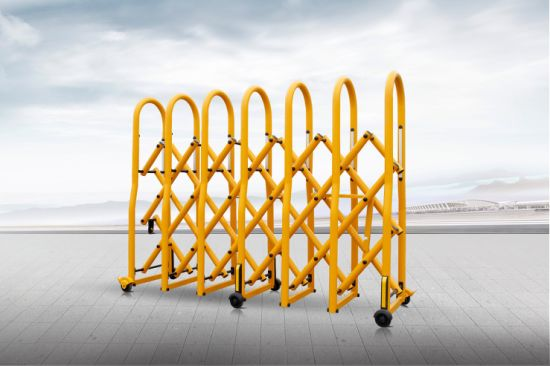 Yellow Tubular Crowd Control Barrier with Brakes