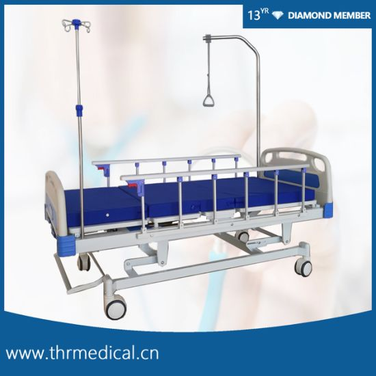 Four Crank Five Function Manual Hospital Bed (THR-MB558)