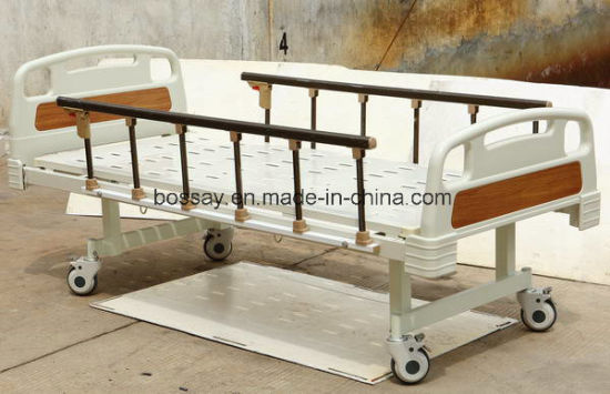 Flat Hospital Nursing Bed (BS-808A) pictures & photos