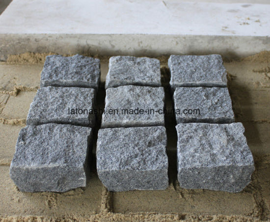 Padang Dark Grey G654 Granite Cube Stone pictures & photos