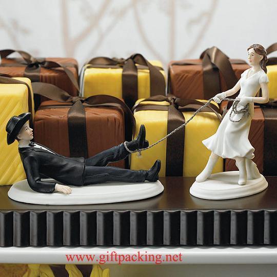 Western Lasso Bride and Groom Resin Figurine