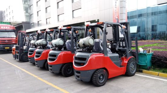 High Quality Nissan Engine 3t Forklift LPG/Diesel Foklift for Sale