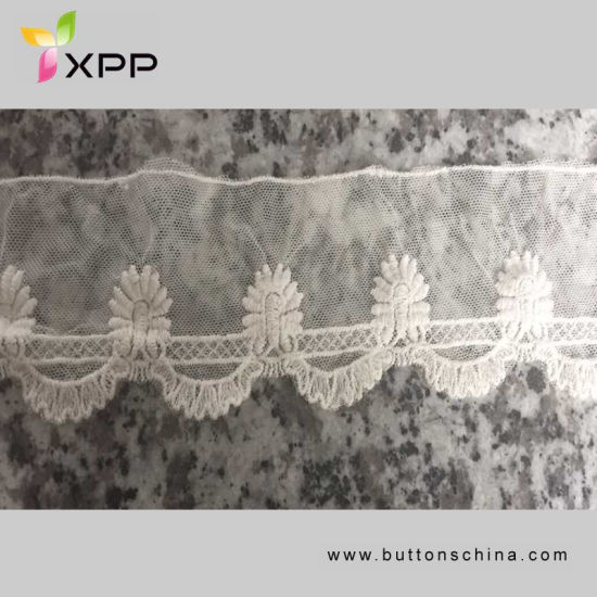 001 Flower High Quality Embroidery Lace for Wedding Dress pictures & photos