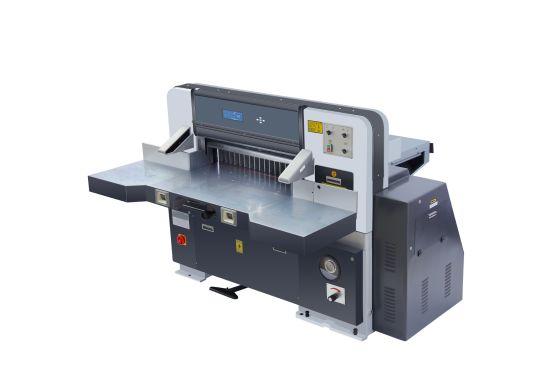 A1a2a3A4 PVC PP Cutter Roll to Sheet Paper Slitting Machine (QZX780D)