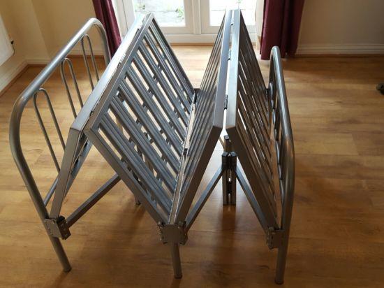 Good Quality Saving Space Metal Folding Bed