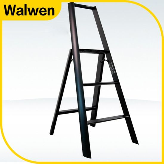 En131 Colorful Domestic Folding Movable Handrail Step Ladders pictures & photos