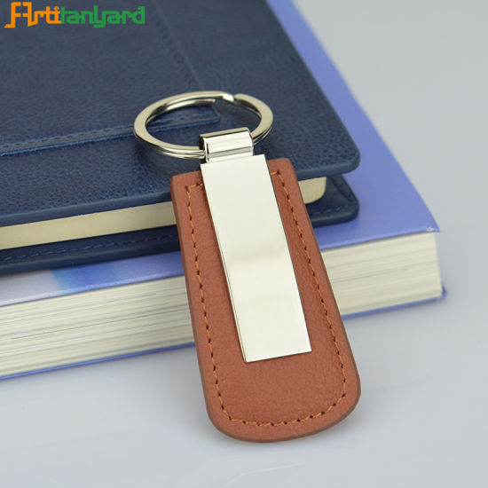 Fashion Leather Key Holder with Gift pictures & photos