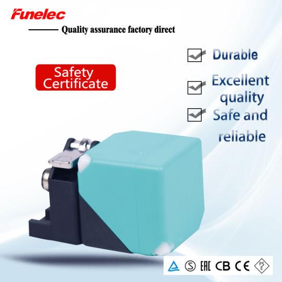 Le40szsn15lium-E2 M12 Plug Square Analog Output Proximity Sensor Switch