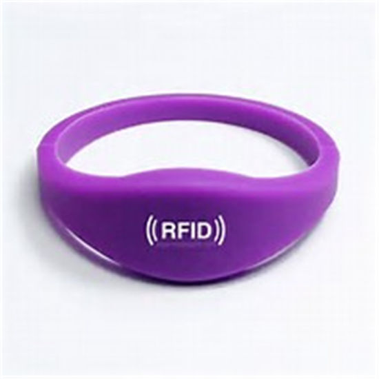 Promotional Gift UHF RFID Wristband for Staff Rubber Watch Bracelet pictures & photos