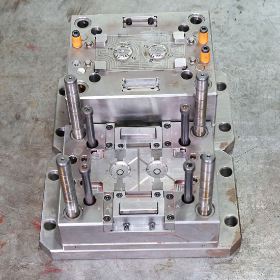 Medical Shell Molding Custom Two-Color Injection Plastic Mold pictures & photos