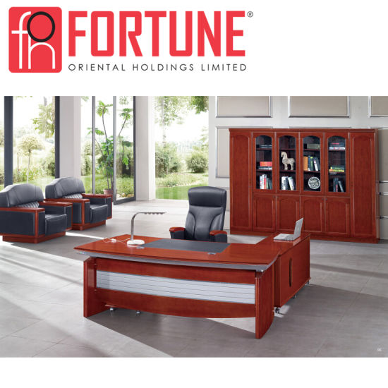 Office Furniture Antique Style Modern Office Executive Desk (FOH-A06222) pictures & photos