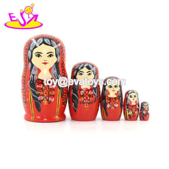 2020 Customize 5 in 1 Wooden Family Nesting Dolls for Kids W06D145 pictures & photos