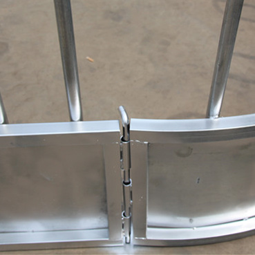High Quality Galvanized Horse Cattle Hay Feeders for Sale