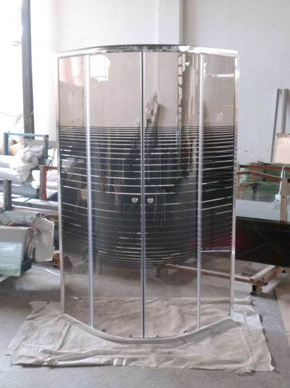 Low Price Chromed Sliding Obstacle Glass Shower Cubicle Size pictures & photos