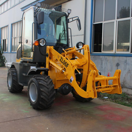 0.6t Mini Wheel Loader with All Kinds of Accessories pictures & photos