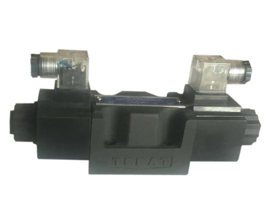 DSG-03 Series Solenoid Operated Directional Valves (plug-in type) pictures & photos