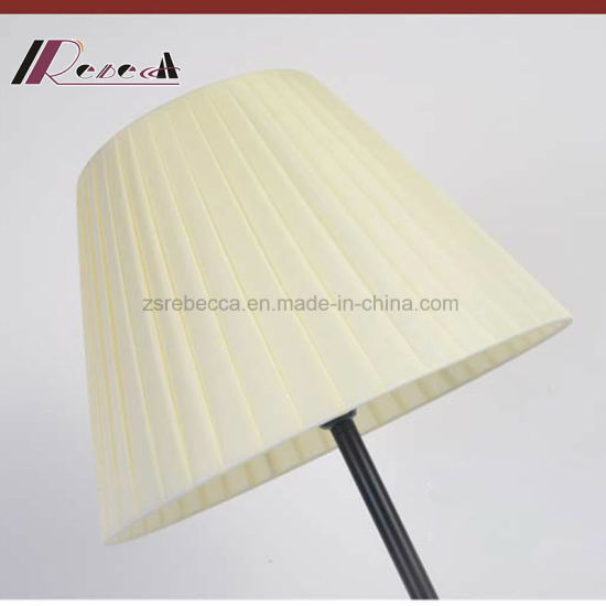Simple Modern Fabric Floor Lamp for Studying Room pictures & photos