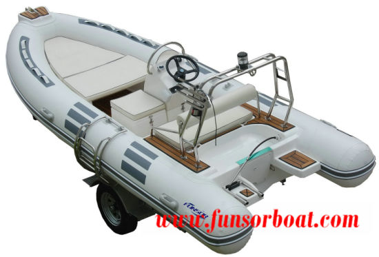Funsor Deep-V Fiberglass Hull FRP Rigid Inflatable Rib Boat for Fishing and Rescue 4.8m