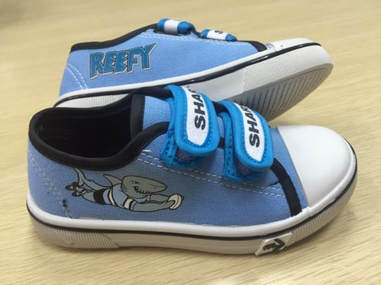 OEM   Children′s Velcro   Canvas Shoes   Children Casual Shoes Skate Shoes (HH17602) pictures & photos
